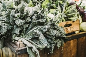 Magnesium DV - Dark green produce a source of magnesium.